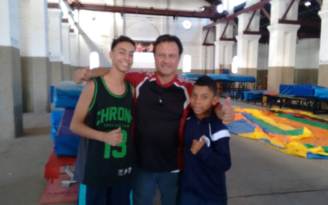 Jovens Promessas – Pedro e Rafael e o duplo sonho de pódios na Ginástica de Trampolim (GTR)